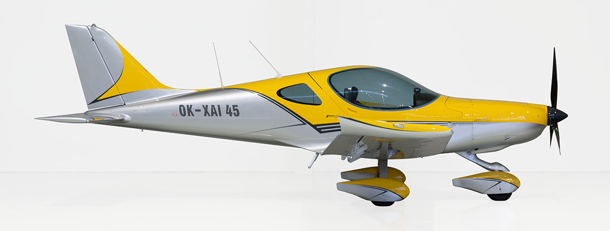 101 Design traffic yellow & silver & anthracite grey